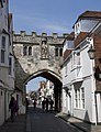 North Gate Salisbury 2 (5690859348).jpg