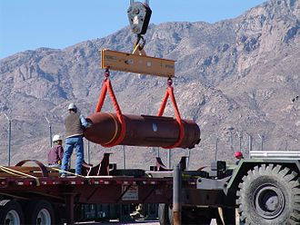 Massive Ordnance Penetrator - Image: Off loading of MOP cropped