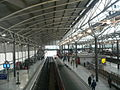Overview of Leeds City railway station 08.jpg