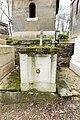 Père-Lachaise - Division 38 - Unidentified grave 01.jpg