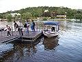 Přístaviště Zlíchov, převozní člun, výstup.jpg