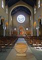 P1260593 Paris XV eglise ND-du-Rosaire nef choeur rwk.jpg