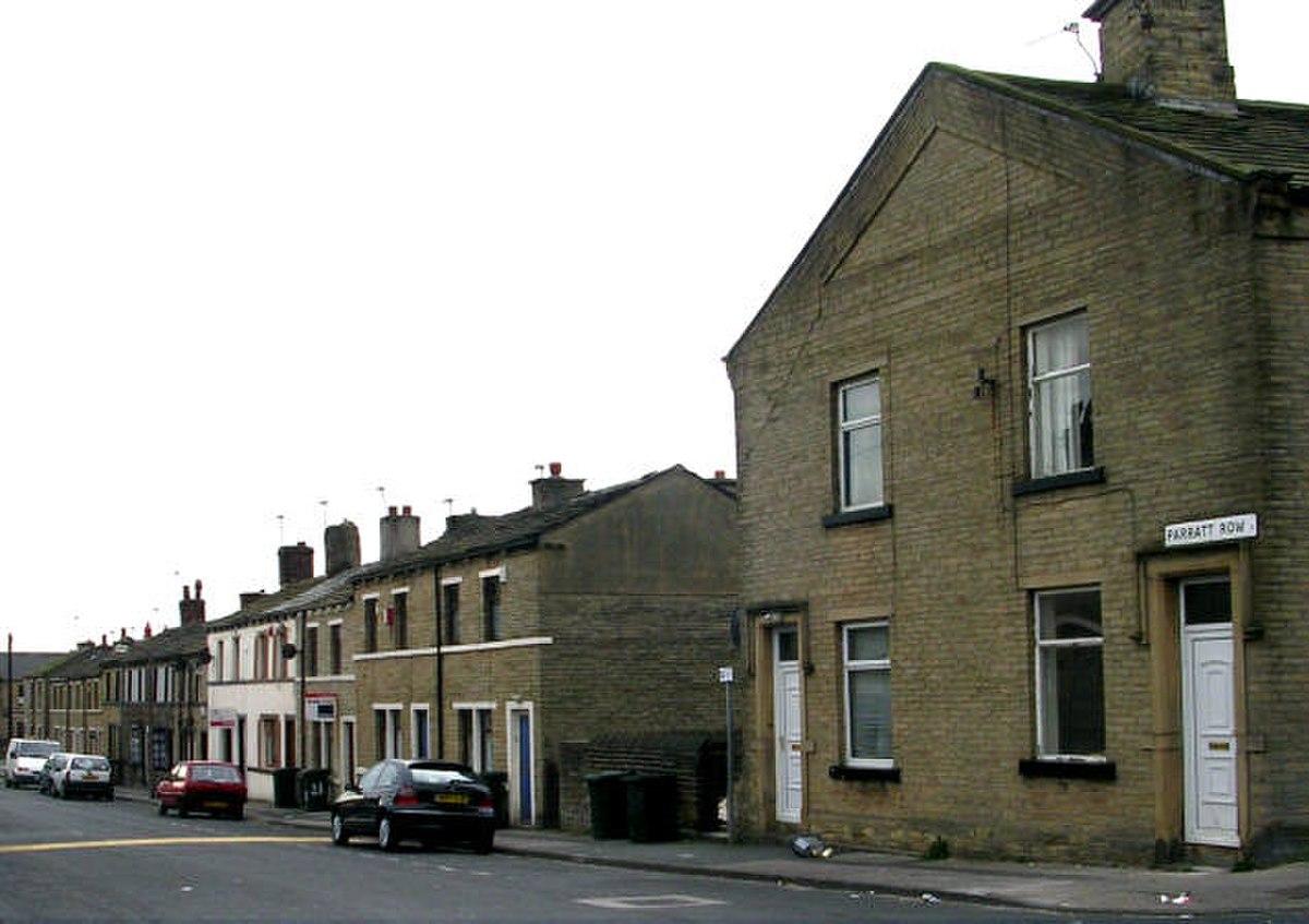 Parratt Row, Laisterdyke - geograph.org.uk - 360174.jpg