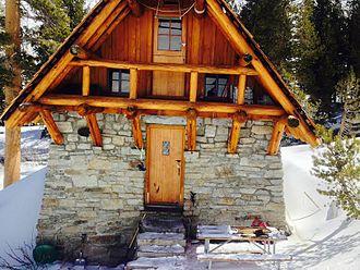 Pear Lake Ski Hut - Pear Lake Hut