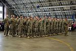 Peoria, Ill., soldiers home for Christmas 131214-Z-EU280-070.jpg