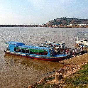 Phnom Krom - Image: Pier at Phnom Krom, Siem Reap panoramio