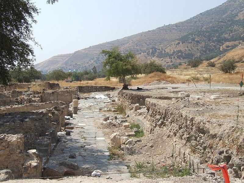 הקארדו בעיר העתיקה טבריה