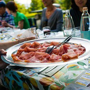 Prosciutto - Image: Plate of prosciutto