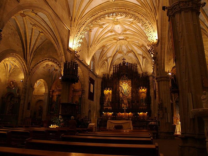 basilica-santa-maria-interior