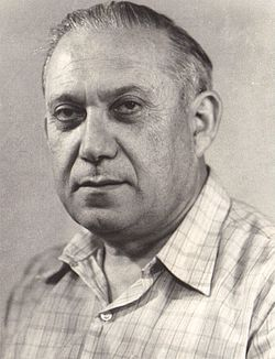 Portrait of Shalom Kramer.jpg