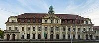 Postgebäude am Bahnhof Görlitz.jpg