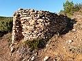 Profil du four à cade (Sainte-Anne-du-Castellet).jpg