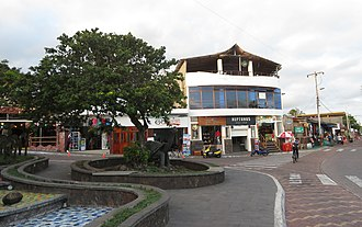 Puerto Ayora - Avenida Charles Darwin