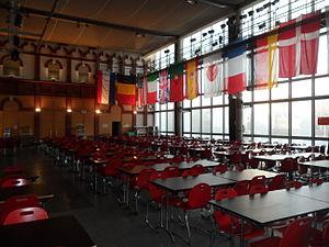 Lycée International de Saint-Germain-en-Laye - Image: Réfectoire du Lycée International de Saint Germain en Laye