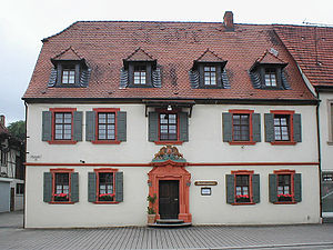 Gasthaus zum Löwen with the entrance portal, which may have come from the castle