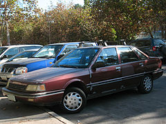 Renault Medallion 2.0 DL 1988 (12783128474).jpg