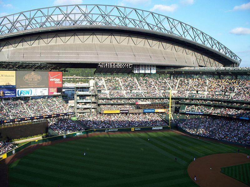 Retractable roof open, Safeco Field.JPG