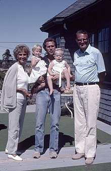 Reverend Billy Graham and Mrs. Ruth Graham with George W. Bush and his twin girls.jpg