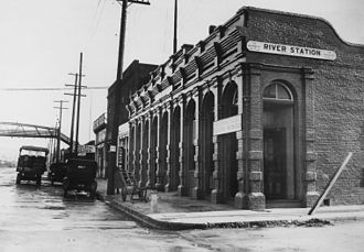 River Station (Los Angeles) - The second River Station (1887−1901).