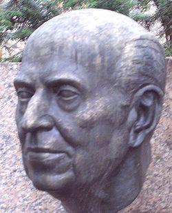 Buste de Robert Stolz dans le Stadtpark à Vienne, Autriche.