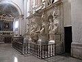 Roma, San Pietro in Vincoli. Monumento Funebre di Giulio II (1).jpg