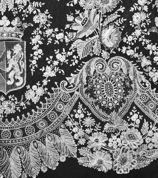 http://upload.wikimedia.org/wikipedia/commons/thumb/8/87/Royal_Lace_detail.jpg/530px-Royal_Lace_detail.jpg