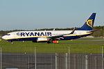 Ryanair, EI-EFN, Boeing 737-8AS (23384654364).jpg
