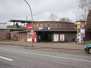Alte Wöhr station - The station's entrance