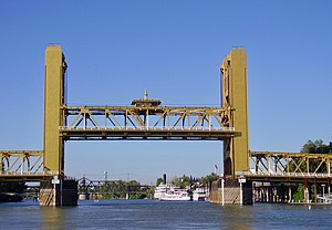 Tower Bridge (California) - The Tower Bridge raised halfway