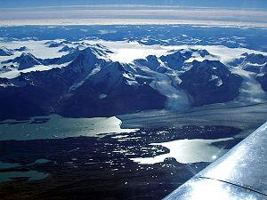 Upsala Glacier - Image: Santa Cruz Upsala P2140135b