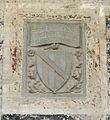 Santa croce, loggiato sud, stemma stefanelli.jpg