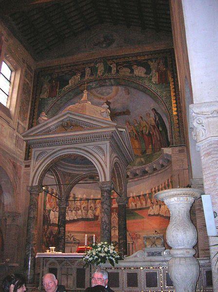 File:Santi Nereo e Achilleo interior 1.jpg
