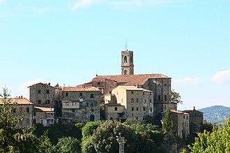 Sasso Pisano - Image: Sasso Pisano Castelnuovo Val Di Cecina Panorama 1