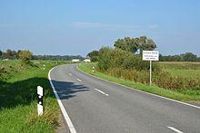 220px-Schleswig-Holstein%2C_Breiholz%2C_Kreisstrasse_K_27_NIK_3751.jpg