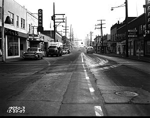 Greenwood, Seattle - Looking east on 85th Street in the Greenwood neighborhood from Palatine in 1957. The Grand cinema is now (2013) the Taproot Theatre.
