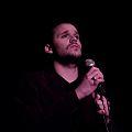 Sebastian Escobar cantando en el teatro Luisa Vehil.jpg