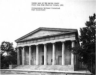 Postcard from 1986 showing the north façade of the Second Bank of the United States, facing Chestnut Street in Philadelphia.