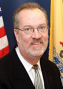 Sen Whelan HQ headshot.jpg