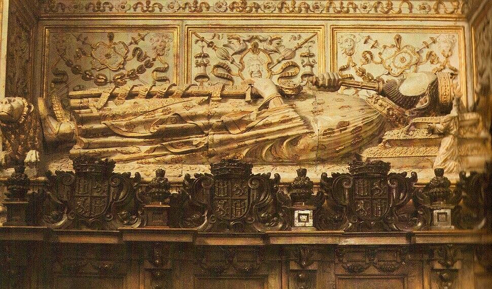 Sepulcro de Enrique II, rey de Castilla y León. Capilla de los Reyes Nuevos de la Catedral de Toledo