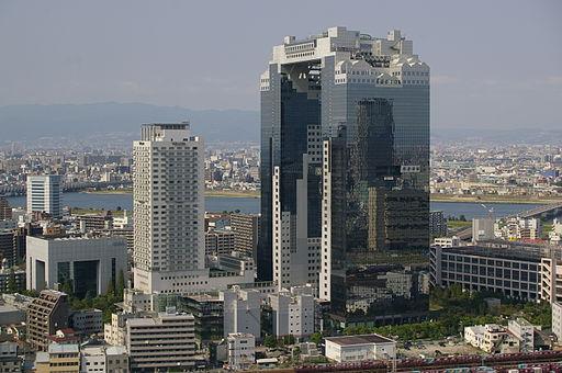 Shin-Umeda-City-01