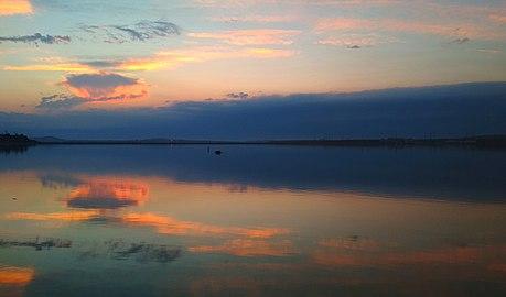 Simmetriya, Böyük Şor gölü.jpg
