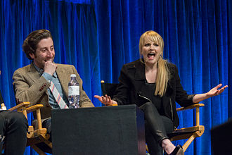 Howard Wolowitz - Simon Helberg and Melissa Rauch, the actress who portrays Bernadette Rostenkowski, at PaleyFest 2013