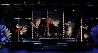 """2 Become 1 - The Spice Girls performing """"2 Become 1"""" at the Air Canada Centre in Toronto, Ontario, Canada, during the Return of the Spice Girls tour."""