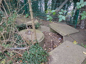 Blacker Bombard - An abandoned Bombard emplacement, Brompton, Kent (2007)