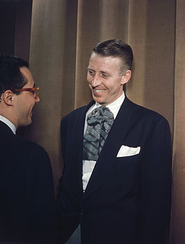 Stan Kenton (rechts) en Pete Rugolo, circa 1947 (foto: William Gottlieb)
