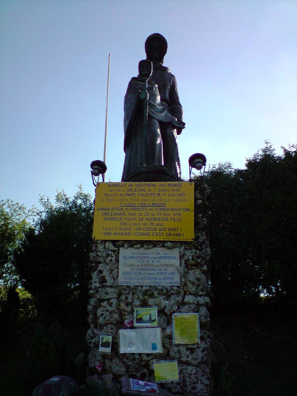 Statue Isabelle de Vouthon