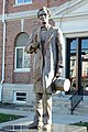 Statue of Lincoln, Marshall, IL, US.jpg