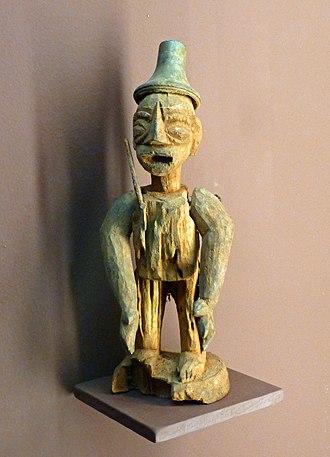 Fon people - Image: Statuette du culte vodun Fon Musée africain de Lyon