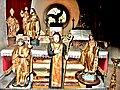 Statuettes, dans l'église.de Sauxillanges.jpg