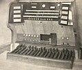 Steinmeyer Orgelspieltisch 1929.jpg